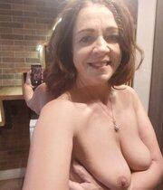 Mommy showing her body