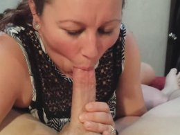 Elise Is Amazing At Sucking Off A Long Throbbing Schlong