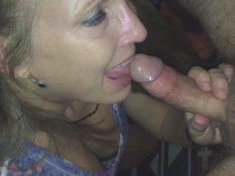 Amazing MILF sucking skills, just look at her
