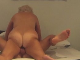 Chubby older couple fucks like they are young