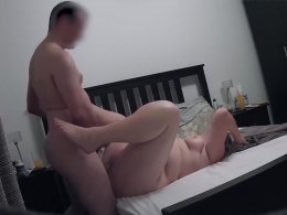Amateur chubby girl and her bf fucking on a bed