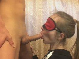 Amateur blonde girlfriend sucking a dick until a facial