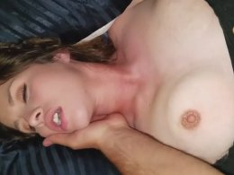 Quick sex with a hot wife
