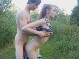Skinny teen likes to fuck outdoors more than anything
