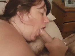 Mature chick knows how to please a cock