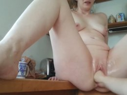 Lucky girl gets her pussy fingered