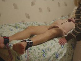 Kinky wife ties up her husband and tickles his feet