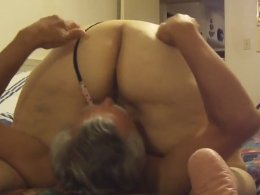 Mature couple in a homemade amateur cock riding sex tape