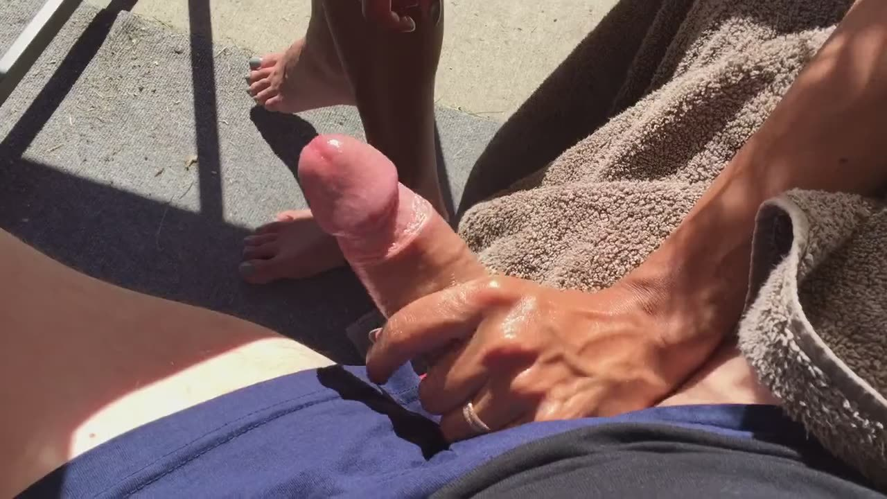 can help femdom hottie mocks dick thanks for