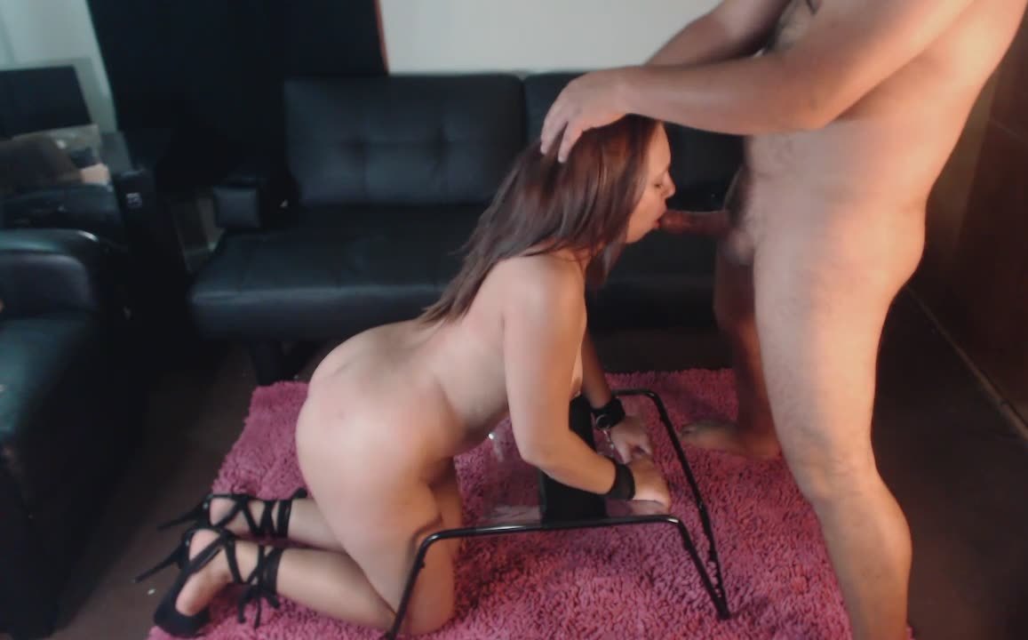 Amazing Brunette Babe Sucks Off Her Man Before Getting Drilled