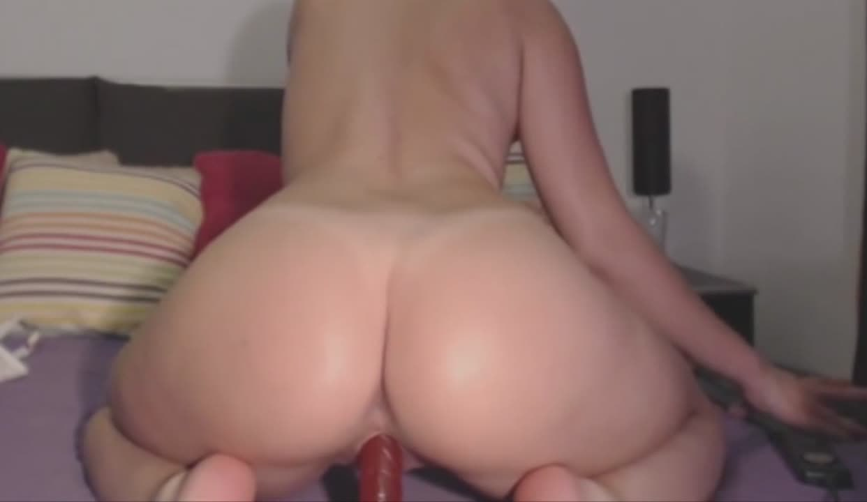 18 Year Old Riding Dildo