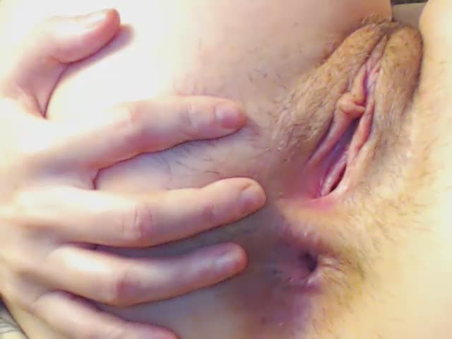 Amateur babe loves exploring her anal hole and gaping vagina