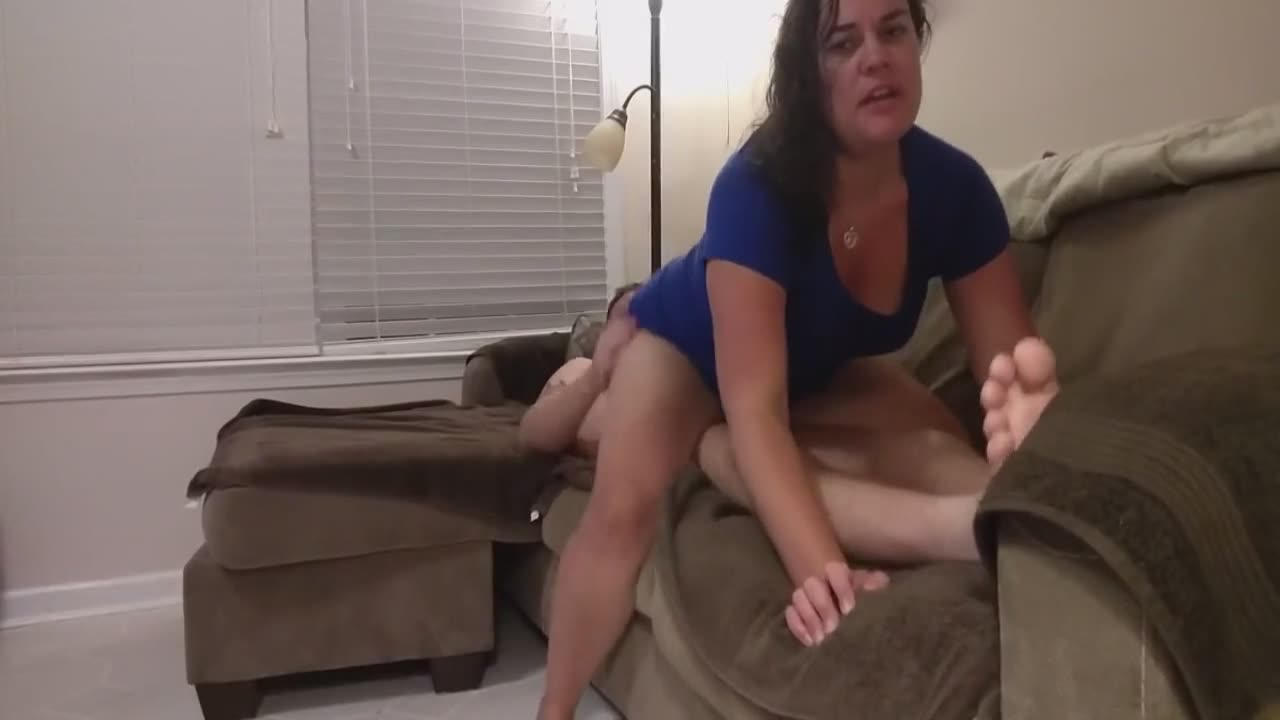Wife checking on her hubby and fucking him